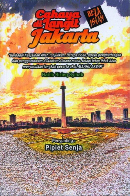 Cover Buku Cahaya di Langit Jakarta