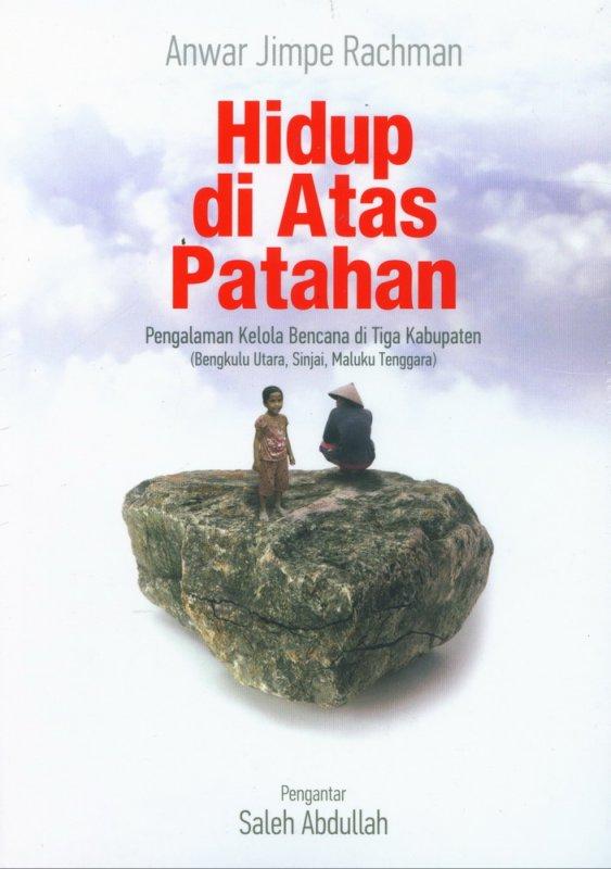 Cover Buku Hidup di Atas Patahan