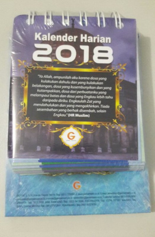 Cover Buku Kalender Harian Muslim 2018 (cover warna ungu)