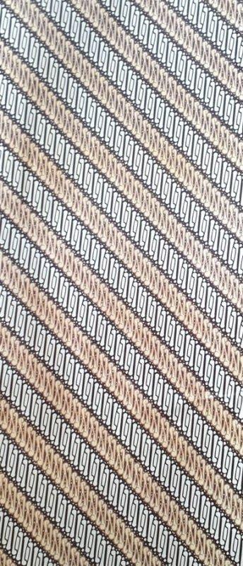 Cover Buku Bungkus Kertas Kado Motif Batik Coklat Muda