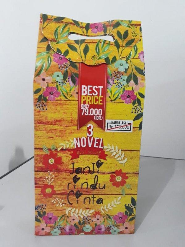 Cover Buku Box Paket 3 Novel Janji Rindu Cinta