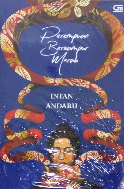 Cover Buku Perempuan Bersampur Merah