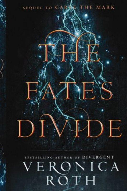Cover Buku The Fates Divide
