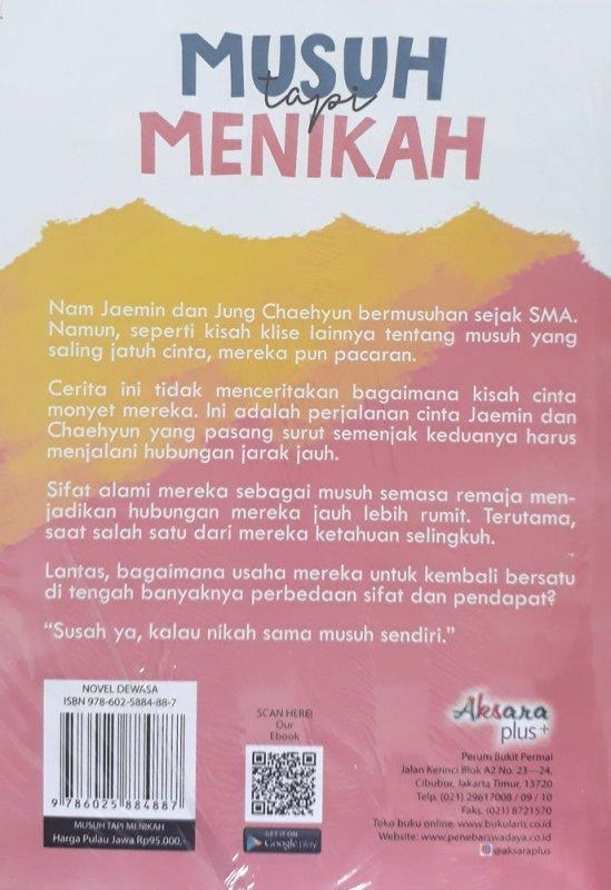 Cover Belakang Buku Musuh Tapi Menikah