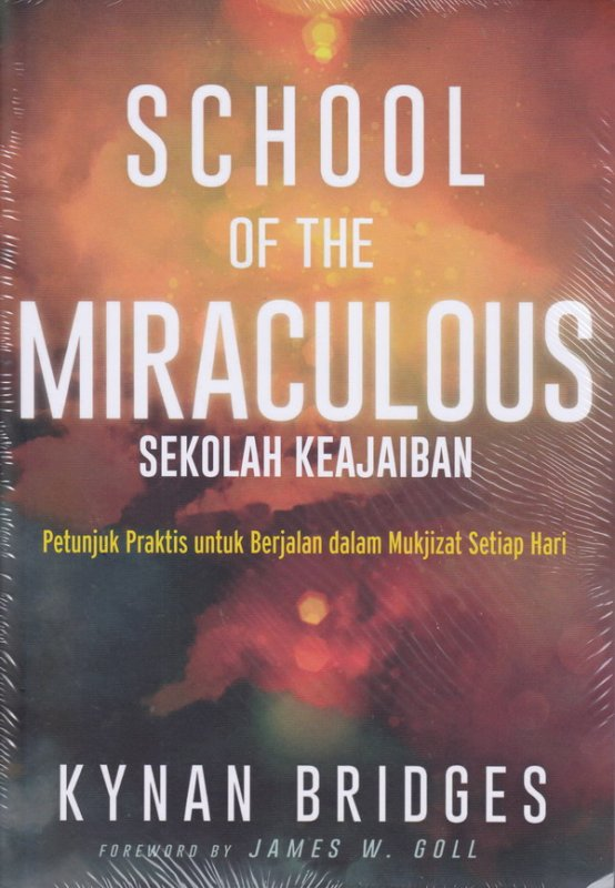 Cover Buku School Of The Miraculous;Sekolah keajaiban