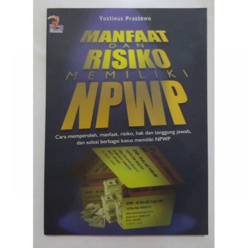 Cover Buku Manfaat&Risiko Memiliki Npwp