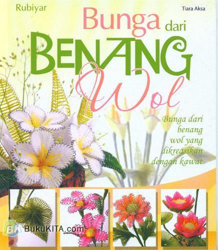 Cover Buku Bunga dari Benang Wol
