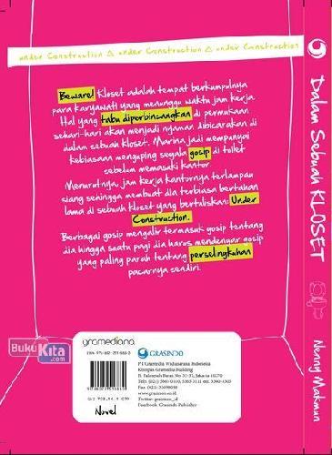Cover Belakang Buku Dalam Sebuah Kloset