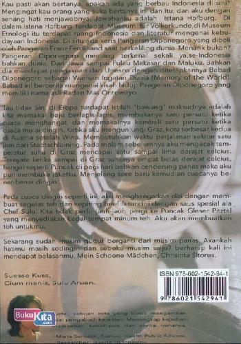 Cover Belakang Buku Tustel `Capturing Moments Of Life`