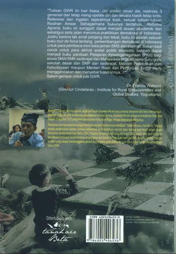 Cover Belakang Buku Menilik Demokrasi