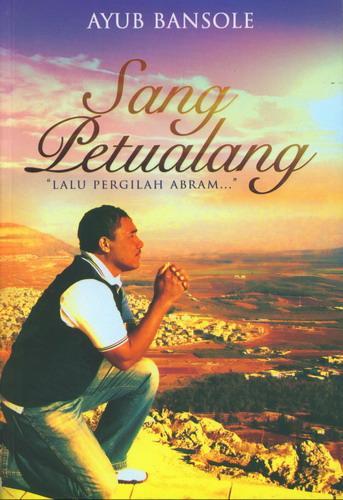 Cover Buku Sang Petualang